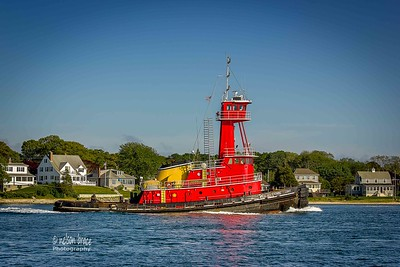 20160531 b - Tug Evening Light