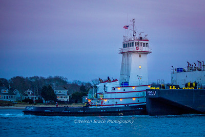 20161221c - Tug Barry Singleton