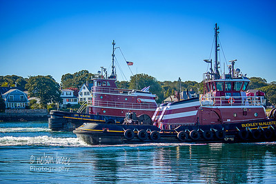 20160823f - Tug Evening Light