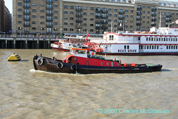 Tugs and Work boats - River Thames