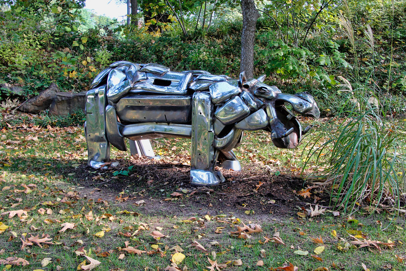Hippo made out of welded steel bumpers.