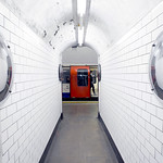 Holland Park Station