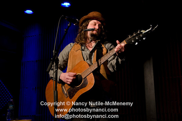 James McMurtry Bow Thayer opened Tupelo Music Hall, Londonderry NH April 29, 2012 Copyright ©2012 Nancy Nutile-McMenemy www.photosbynanci.com More Images of James McMurtry: http://photosbynanci.com/jamesmcmurtry.html More Images of Bow Thayer:  http://www.photosbynanci.com/LevonSS62011.html