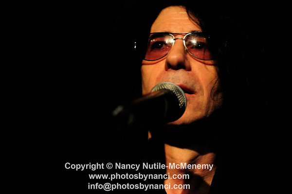 Peter Wolf Tupelo Music Hall Londonderry, NH May 9, 2010 Roy Sludge opened Copyright ©2010 Nancy Nutile-McMenemy www.photosbynanci.com More Images:  http://www.photosbynanci.com/peterwolf.html