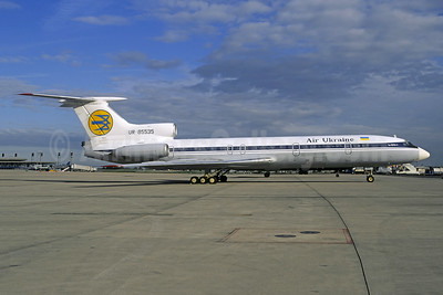 Air Ukraine Tupolev Tu-154B-2 UR-85535 (msn 82A535) (Aeroflot colors) CDG (Christian Volpati). Image: 942755.