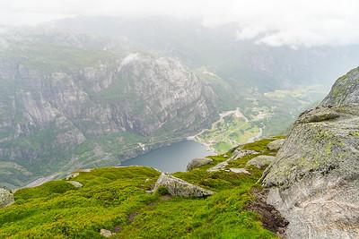 Utsikt ned mot Lysebotn.