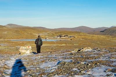 Nærmer oss utgangspunktet Snøheim igjen etter en lang dag.