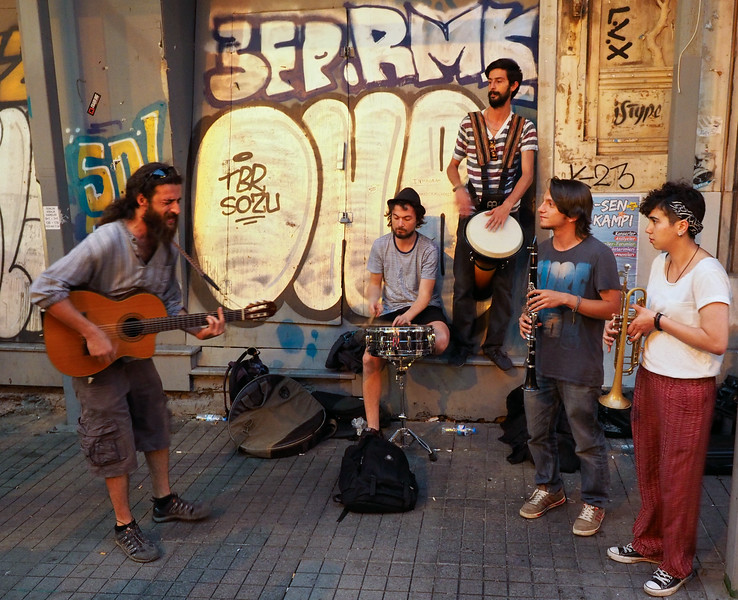 Street musicians, Istiklal Street, Istanbul