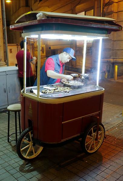 Street vendor, Istiklal street, Istanbul