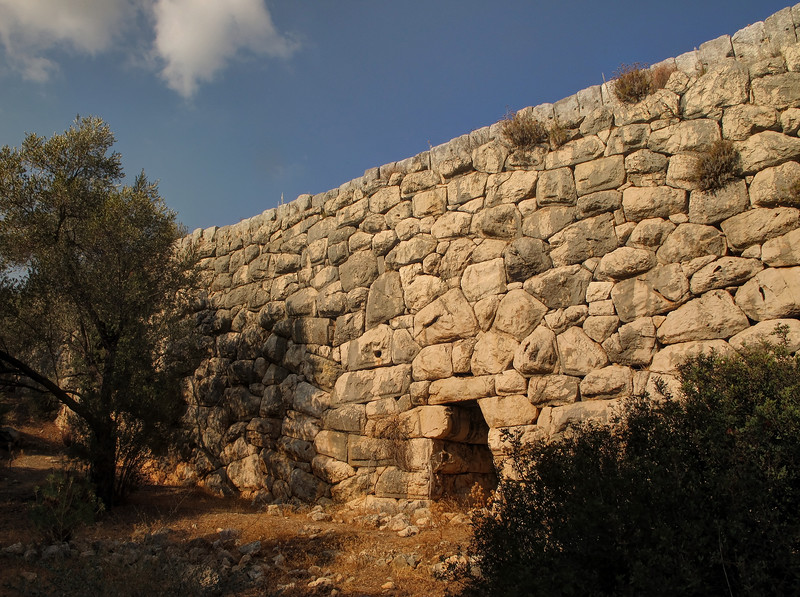 Day 7 - The masonry of the first century siphonic aqueduct at Delikemmer