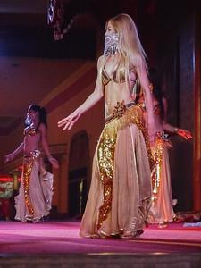 Belly dancers i Turkey, Antalya. Photo: Martin Bager.
