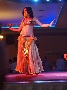 Belly dancers i Turkey, Antalya. Photo: Martin Bager.