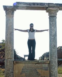 ephesus-ruins-woman
