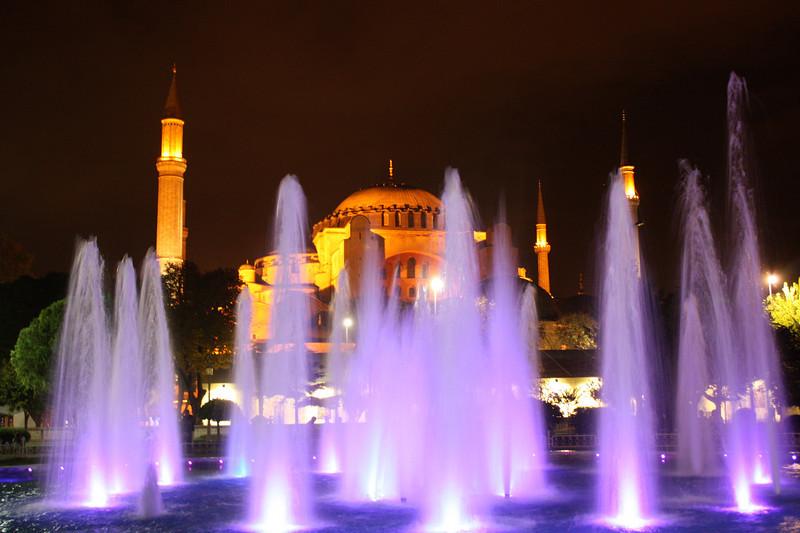 Fountain in front of Aya Sofya / Hagia Sophia
