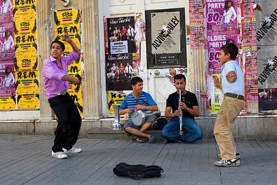 Istiklal Caddesi Street Performers