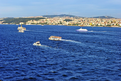 Istanbul_boat-traffic_D3S0192