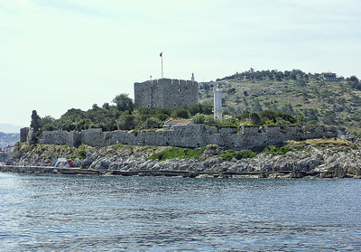 island-castle-ruin-Edit