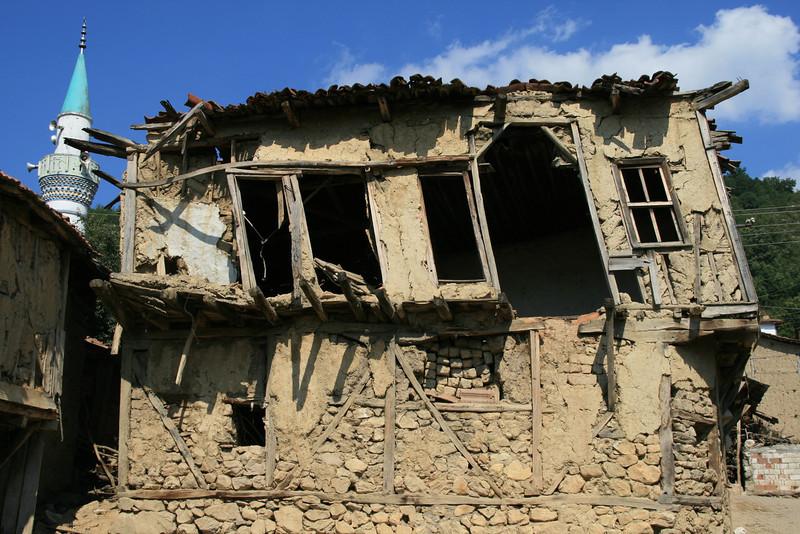 Decay, Sansarak, Iznik, Turkey