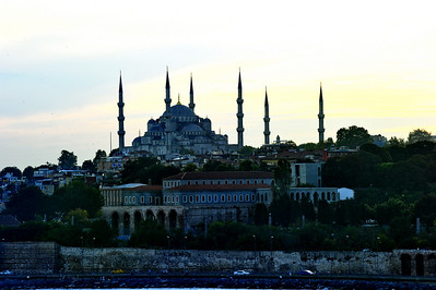 Blue_Mosque_at_Sunset_Silhouette_D3S5839