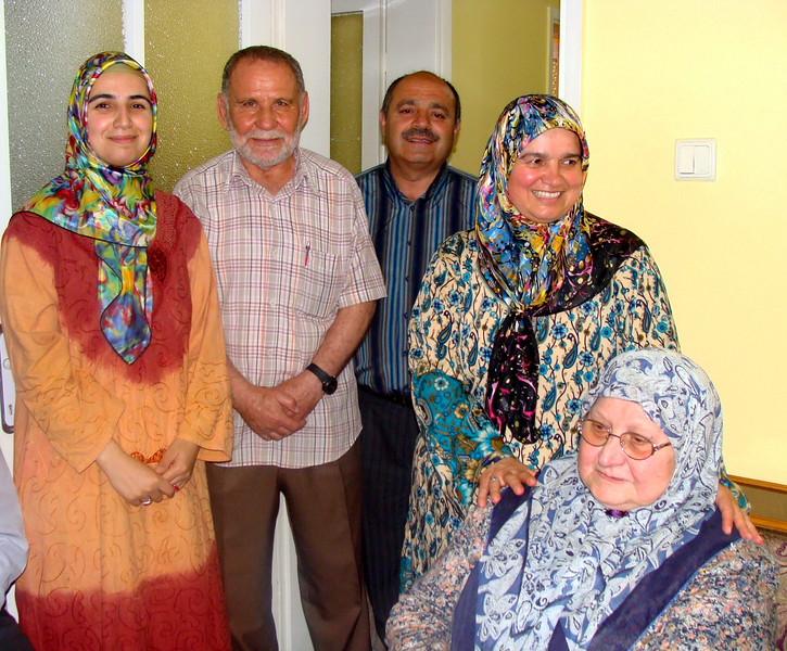Izmir Family Home Hospitality