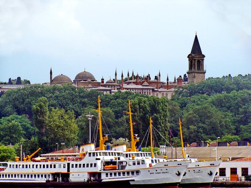 Şehit Caner Gönyeli and Istanbul 9