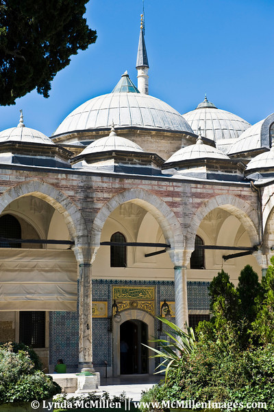 Topkapi Palace: The official residence of the sultans for more than 400 years.