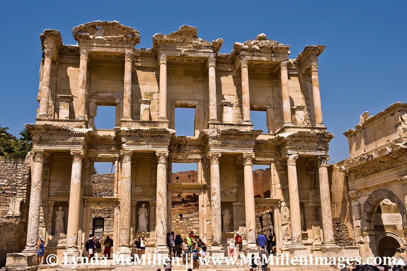 Celsus Library statues represent wisdom, virtue, intellect and knowledge.