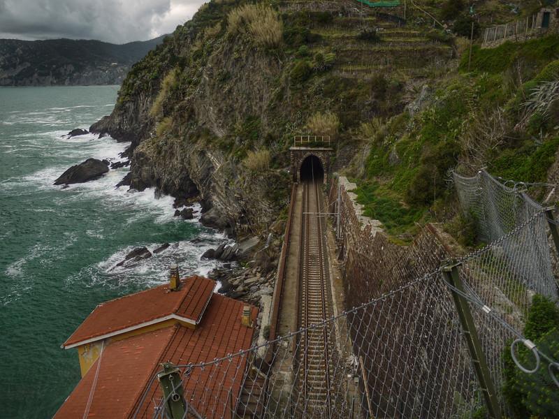 Train tracks in Vernazza