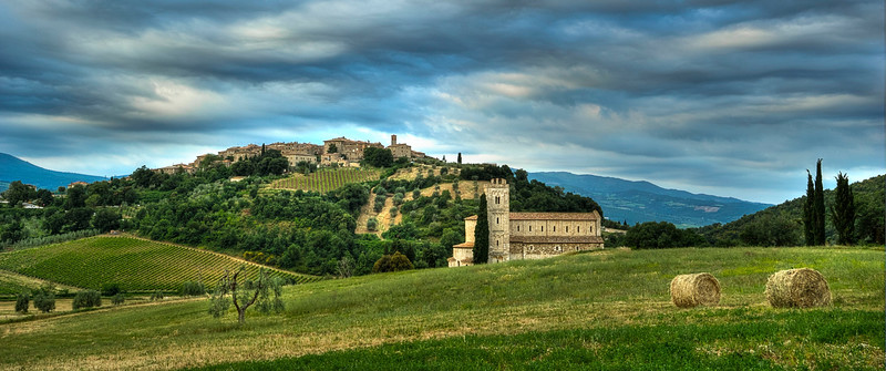Castelnuovo dell' Abate and Sant' Antimo Abbey; Tuscany; Italy