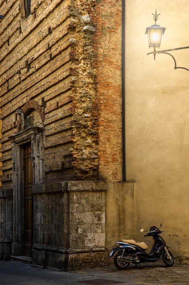 Scooter; Tuscany; Italy