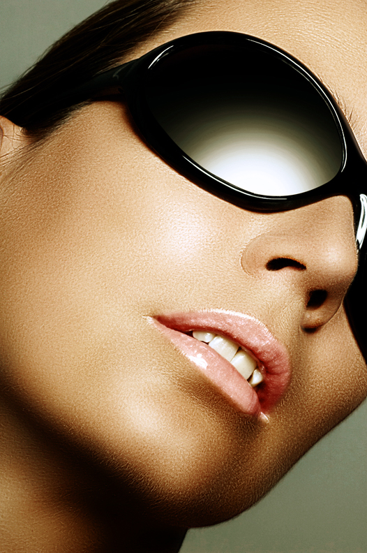 ...provide a nicely bronzed tone to the skin.