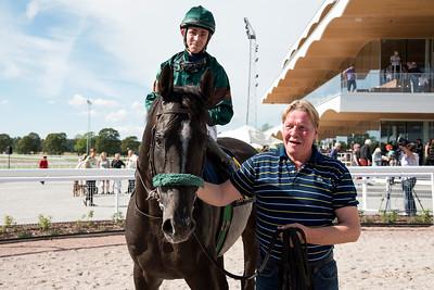 Great Soprano och Shane Karlsson tillsammans med Hans-Inge Larsen Bro Park 160824  Foto: Elina Björklund / Svensk Galopp