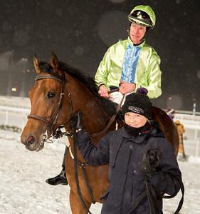 Kashgar och Jacob Johansen  Bro Park 161108 Foto: Elina Björklund / Svensk Galopp
