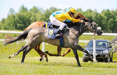 Night Angel vinner med Dayverson de Barros | Göteborg 120603 |  Foto: Stefan Olsson / Svensk Galopp
