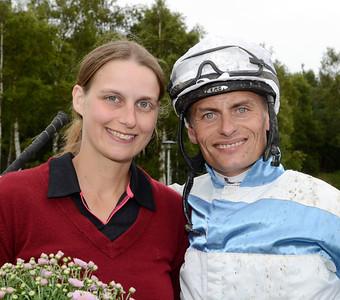 Tränare Tina Långström och jockey Per-Anders Gråberg tog en fin trippel tillsammans | Göteborg Galopp 120729 |  Foto: Stefan Olsson / Svensk Galopp