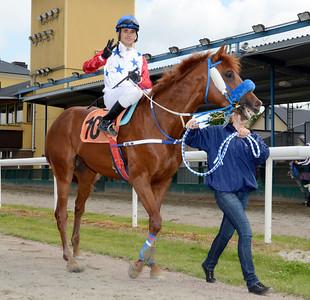 Valmir De Azeredo tog sin tredje dagsseger med Golden Pacemaker  | Jägersro 110618  Foto: Stefan Olsson / Svensk Galopp