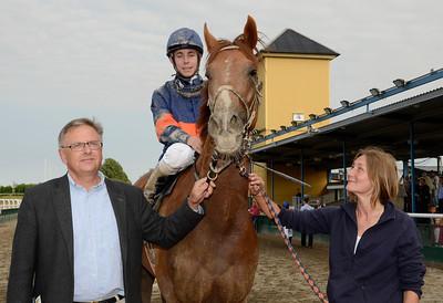 Propelino tillsammans med Rolf Persson och Shane Karlsson | Jägersro 110716  Foto: Stefan Olsson / Svensk Galopp