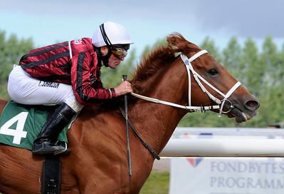 Gauntlett vinner med Fredrik Johansson | Jägersro 120905 | Foto: Stefan Olsson / Svensk Galopp