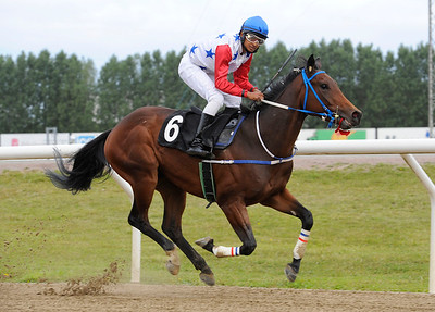 Ta Ajabb vinner med Naveen Lakshminarayan | Jägersro 120905 | Foto: Stefan Olsson / Svensk Galopp