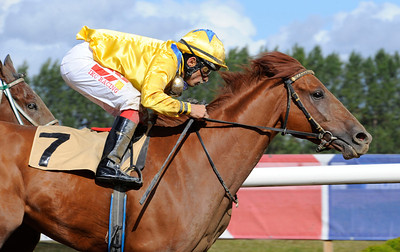 Lions Prospect vinner med Elione Chaves | Jägersro 120919 |  Foto: Stefan Olsson / Svensk Galopp