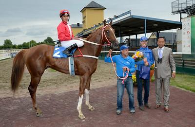 Borgen i vinnarcirkeln | Jägersro 130821 | Foto: Stefan Olsson / Svensk Galopp