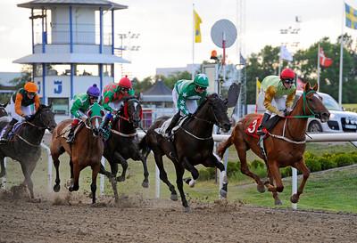 Derby Trial med varvet kvar till mål | Jägersro 150615 | Foto: Stefan Olsson / Svensk Galopp
