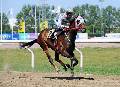 Ramstein vinner med Elione Chaves | Jägersro 160525 | Foto: Stefan Olsson / Svensk Galopp