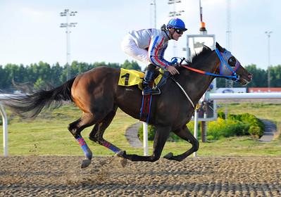 Gunvald vinner med Kevin Stott | Jägersro 160616 | Foto: Stefan Olsson / Svensk Galopp