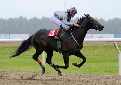 Trickbag vinner med Valmir De Azeredo | Jägersro 160803 | Foto: Stefan Olsson / Svensk Galopp