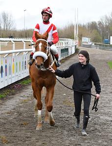Houston Heat och Dayverson De Barros tillsammans med Sofia Presits Jägersro 170412 Foto: Stefan Olsson / Svensk Galopp