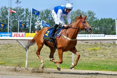 Appelina vinner med Jan-Erik Neuroth  Jägersro 190714 Foto: Stefan Olsson / Svensk Galopp                                                    Jägersro 190519                                                      Foto: Stefan Olsson / Svensk Galopp