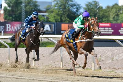 Powerpoint vinner med Martin Rodriguez  Jägersro 190724 Foto: Stefan Olsson / Svensk Galopp