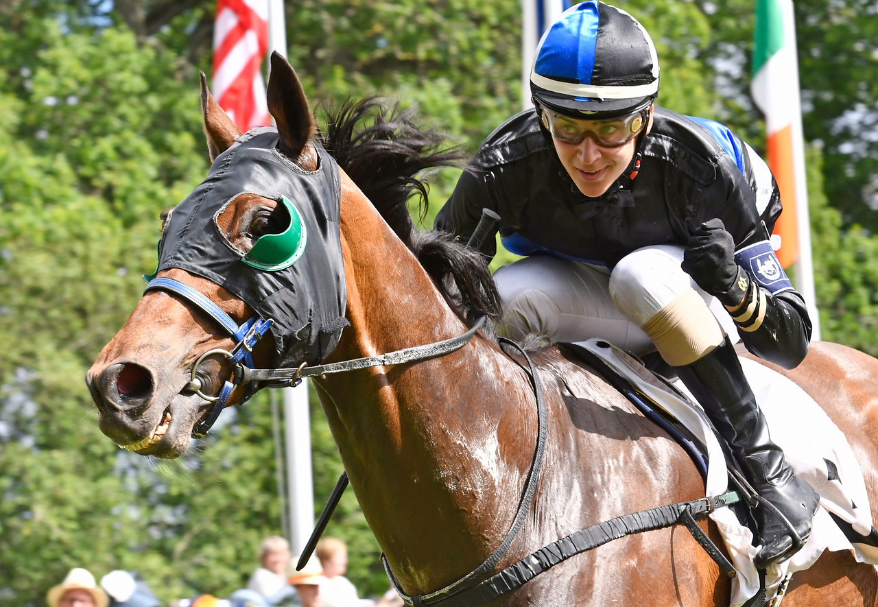 Wyclef vinner med Pablo Laborde Strömsholm 170617 Foto: Stefan Olsson / Svensk Galopp