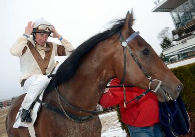 Theocritus och Manuel Santos   Täby 111218    Foto: Stefan Olsson / Svensk Galopp